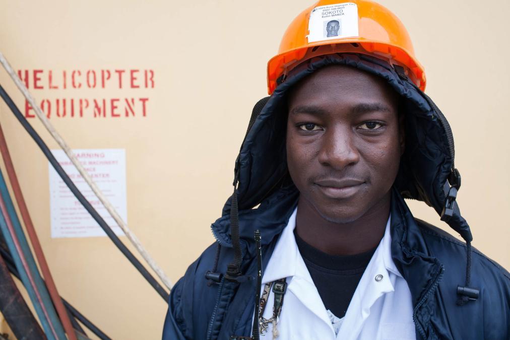 Seaman, LNG Sokoto, France.